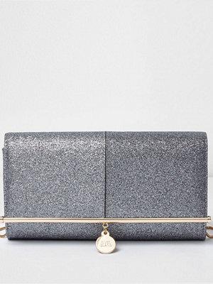 River Island grå kuvertväska River Island Womens Silver glitter bar top clutch bag