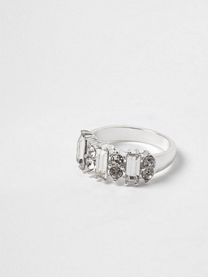 River Island River Island Womens Silver tone baguette diamante ring