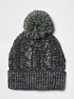 Mössor - River Island Green cable knit bobble beanie hat
