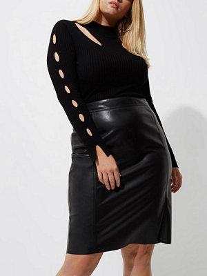 River Island Plus Black faux leather pencil skirt