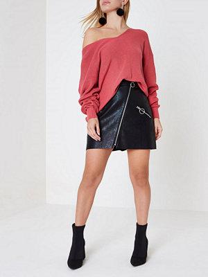 River Island Petite Black faux leather ring zip mini skirt