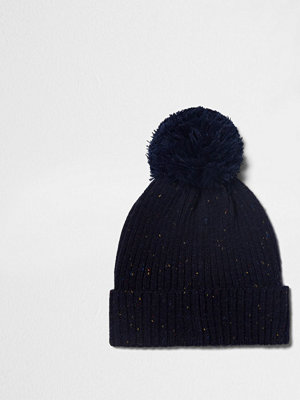 Mössor - River Island Navy ribbed knit bobble beanie hat