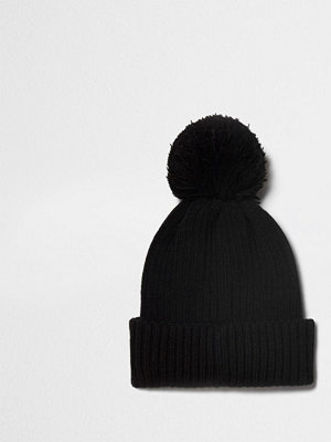 Mössor - River Island Black ribbed knit bobble beanie hat