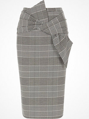 River Island Black check bow front pencil skirt