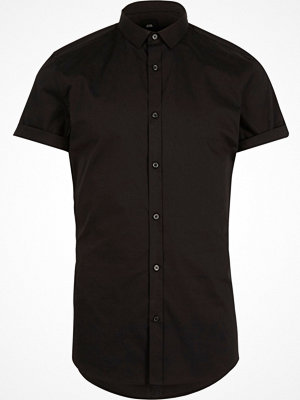 Skjortor - River Island Black muscle fit short sleeve shirt