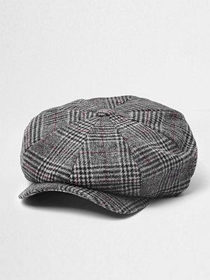 Mössor - River Island Grey check baker boy hat