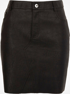 River Island Black faux leather raw edge mini skirt
