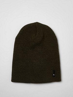 Mössor - River Island Khaki green slouch beanie hat