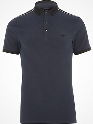 Pikétröjor - River Island Navy muscle fit short sleeve polo shirt