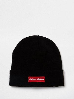 Mössor - River Island Black 'future visions' embroidered beanie hat