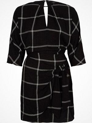 River Island Black check batwing tie front mini dress