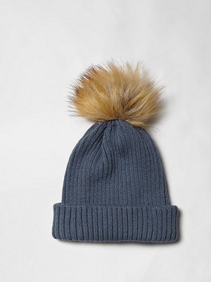 Mössor - River Island Blue rib knit pom pom bobble beanie hat