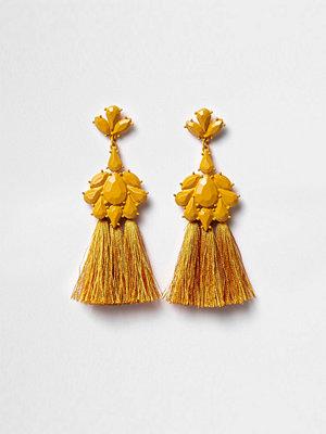 River Island örhängen Mustard Yellow jewel tassel drop earrings