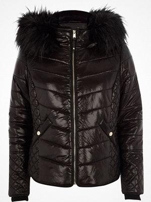 River Island Petite Black wet look hooded puffer jacket