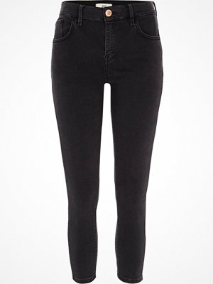 River Island Petite Black washed Amelie super skinny jeans