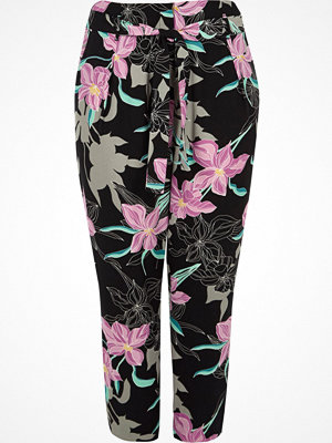 River Island mönstrade byxor Plus Purple floral tie waist tapered trousers