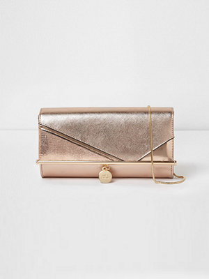 River Island omönstrad kuvertväska Rose Gold bar front foldover lclutch bag