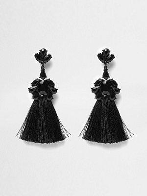 River Island örhängen Black embellished tassel clip on earrings