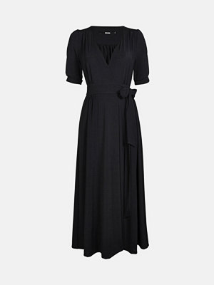 Bik Bok Hudson klänning - Svart