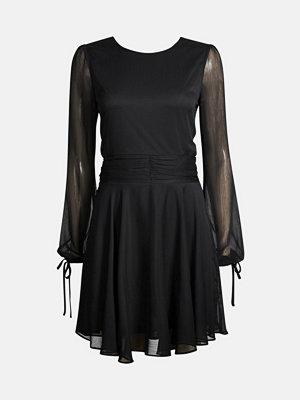 Bik Bok Jeanelle klänning - Svart