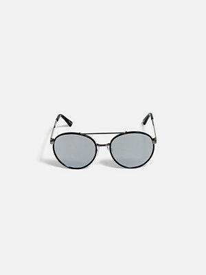Solglasögon - Bik Bok Mickle sunglasses - Svart