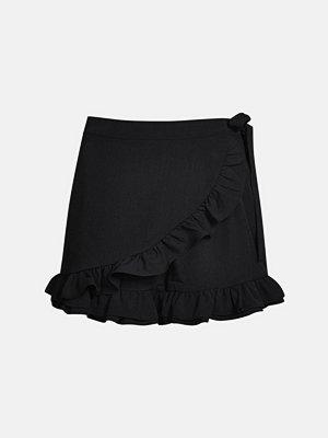 Shorts & kortbyxor - Bik Bok Figaro shorts - Svart