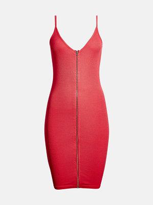 Bik Bok Tiffany klänning - Mörkrosa