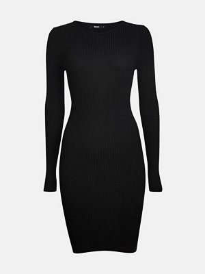 Bik Bok Bobbo rib-knit dress - Svart