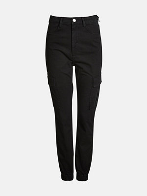 Bik Bok svarta byxor Ingvill cargo trousers - Svart