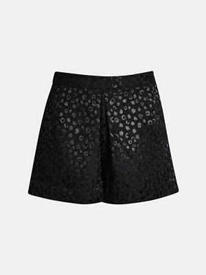 Bik Bok Hellen shorts - Svart