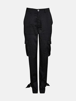 Bik Bok svarta byxor Juli cargo trousers - Svart