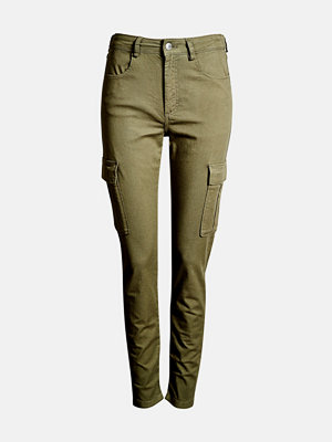 Bik Bok omönstrade byxor Inga cargo trousers - Militärgrön