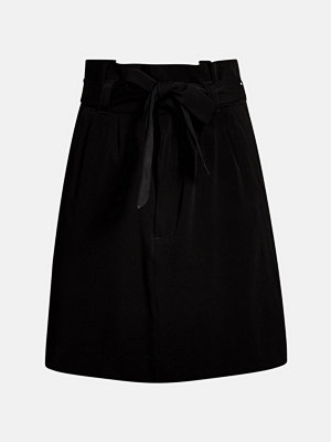 Bik Bok Wingy paper bag skirt - Svart