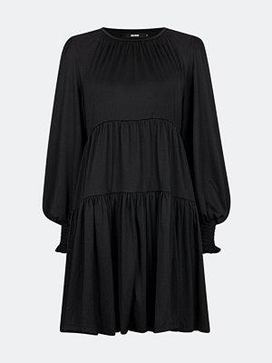 Bik Bok Lou långärmad klänning - Svart
