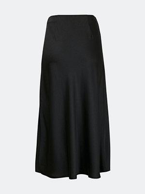 Bik Bok Dina calf length satin skirt - Svart