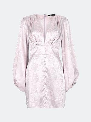 Bik Bok High Hopes klänning i satin jacquared - Ljuslila