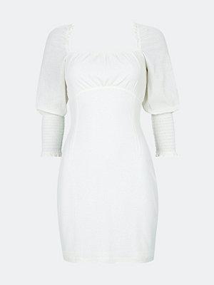 Bik Bok Dima klänning med öppen rygg - Offwhite