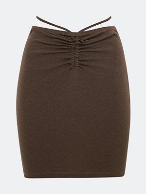 Bik Bok Flirt kort kjol - Chokladbrun