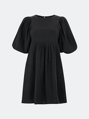 Bik Bok Daydreamer klänning med knytband - Svart