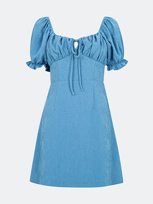Bik Bok Gossip kort klänning - Blå