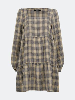 Bik Bok Brave långärmad klänning - Multi