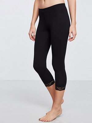 Gina Tricot Short leggings with lace