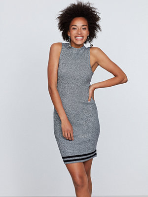 Gina Tricot Tyra stickad klänning