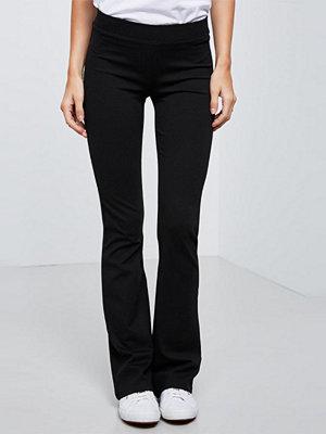 Gina Tricot svarta byxor Petra trousers long length