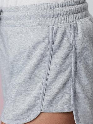 Shorts & kortbyxor - Gina Tricot Amber shorts