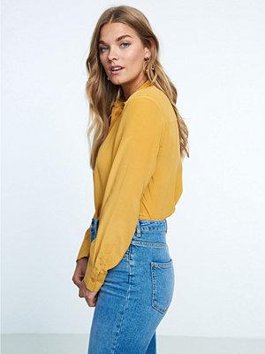 Gina Tricot Elina sidenskjorta