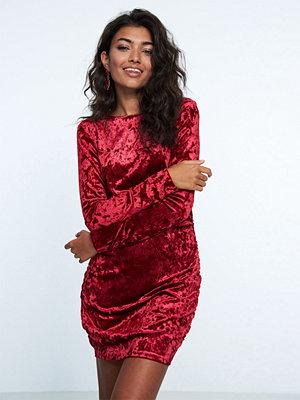 Gina Tricot Sophie klänning i sammet