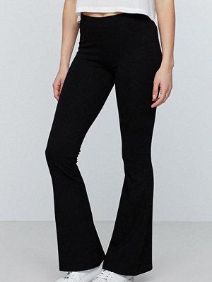 Gina Tricot svarta byxor Petra trousers short length