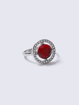 Gina Tricot Red Rhinestone Statement Ring