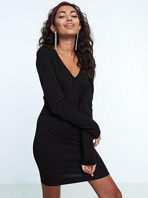 Gina Tricot Tonya puff sleeve dress